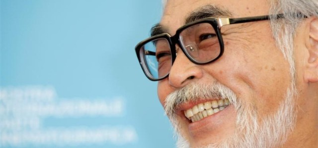 filmmaker_hayao_miyazaki_poses_at_the_photo_call_f_1176549088