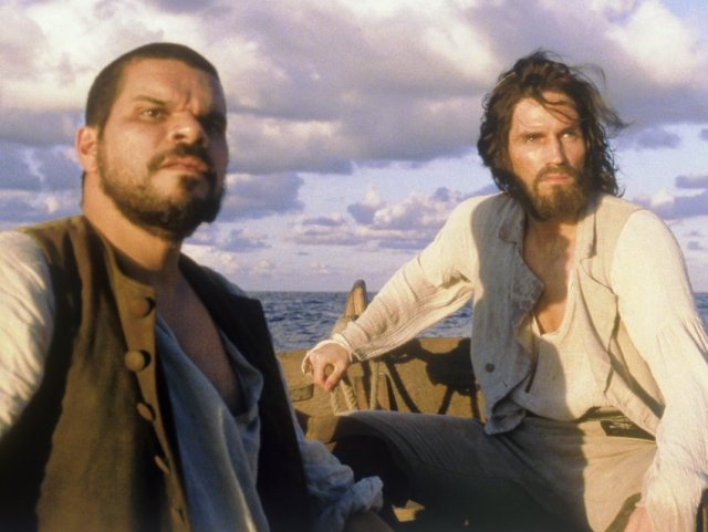 Luis-Guzman-and-James-Caviezel-in-Touchstones-The-Count-of-Monte-Cristo-2002-6