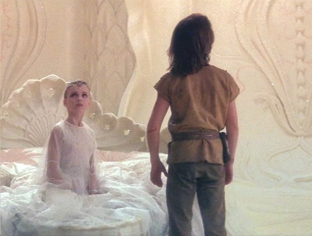 The-NeverEnding-Story-the-neverending-story-690114_720_545