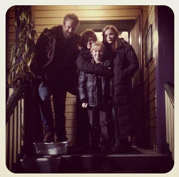 Família feliz. Não é mais importante que o amor.