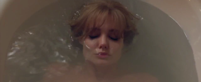 angelina-jolie-by-the-sea-movie-brad-pitt-movie-images9