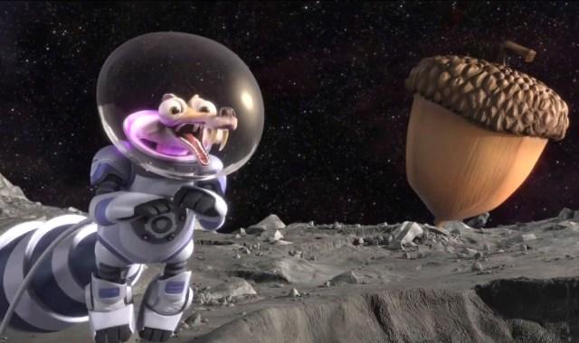 Scrat atrás da noz no espaço