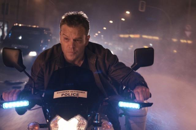 jason bourne na moto