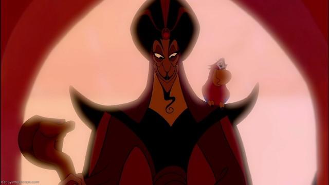 Jafar e Yago no contraluz rubro