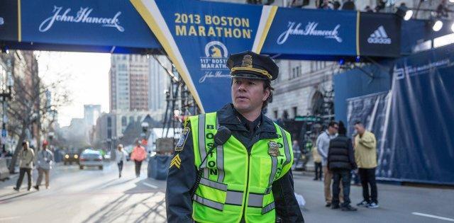 policial na maratona de Boston