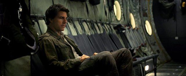 Tom Cruise sério