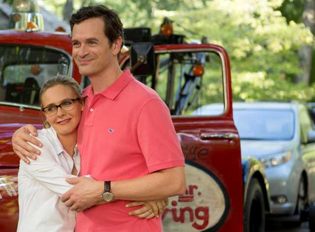 Alicia Silverstone e Tom Everett Scott