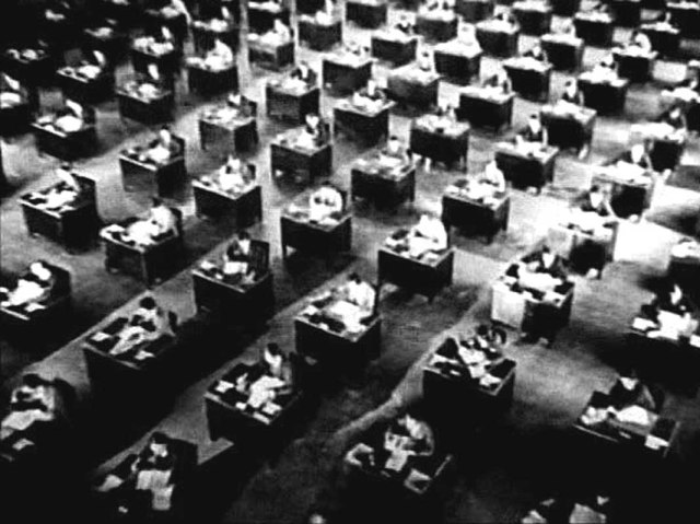multidão de cubiculos
