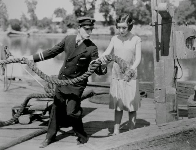 bill jr mostra corda para namorada