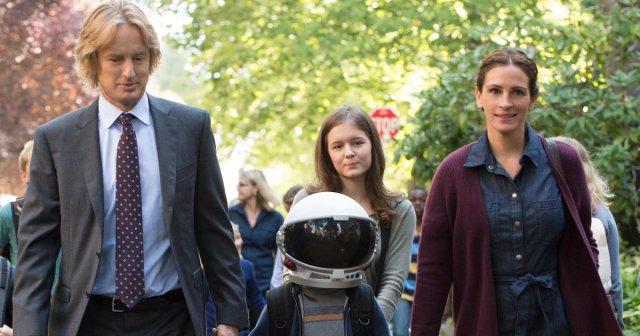 família vai junto para a escola