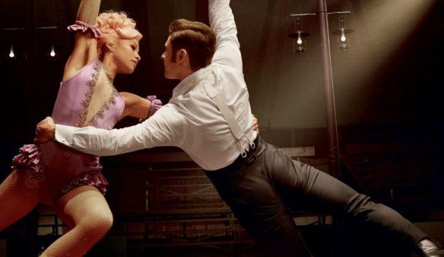 zac e zendaya dançam com cordas
