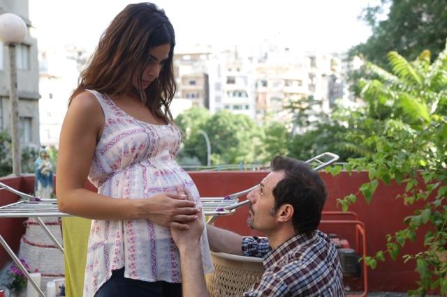 Tony com a esposa grávida