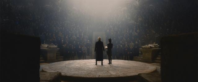 Grindewald lidera converencia de bruxos