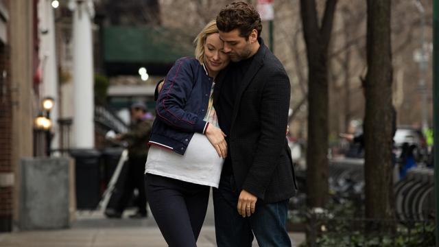 casal de Nova Iorque grávido na rua.jpg